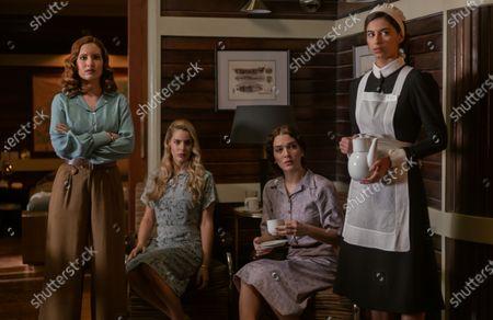 Stock Image of Ivana Baquero as Eva Villanueva, Alejandra Onieva as Carolina Villanueva, Claudia Galan as Chantal and Begona Vargas as Veronica de García