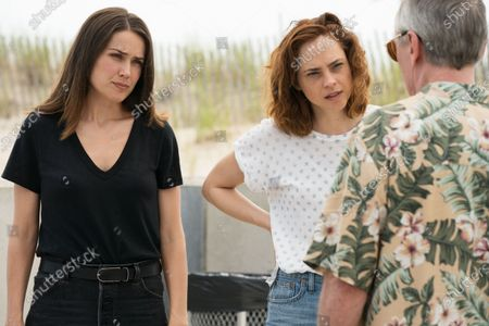 Megan Boone as Elizabeth Keen and Fiona Dourif as Lillian Roth