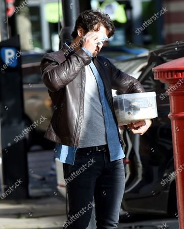 Stock Photo of Alexandra Roach and Dominic Allburn film Viewpoint in Manchester, the first ITV drama to resume filming.