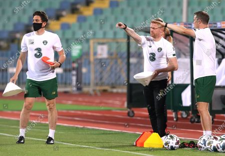 Bulgaria vs Republic of Ireland. Republic of Ireland assistant coaches Keith Andrews and Damien Duff ahead of the game