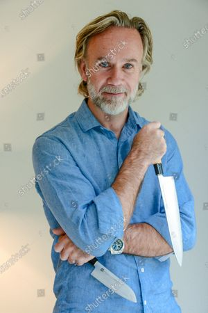Marcus Wareing English celebrity chef 3.10.2019Marcus Wareing (born 29 June 1970) is an English celebrity chef who is currently Chef Patron of the one-Michelin-starred restaurant Marcus,[1] (formerly Marcus Wareing at the Berkeley) in Knightsbridge. As a restaurateur he also runs The Gilbert Scott[2] at the St. Pancras Renaissance Hotel, and his West End restaurant, Tredwells,[3] in Seven Dials, London.Wareing succeeded Michel Roux Jnr. as a judge since the seventh series of MasterChef: The Professionals.Marcus is married to Jane, with whom he has three children, Jake, Archie and Jessie