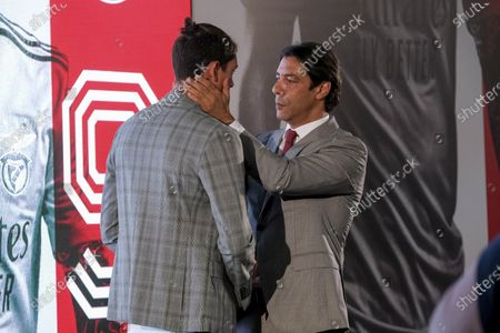 Rui Costa (R), Benfica manager, during the presentation of new Benfica player Darwin Nunez (L) at Benfica Campus, Seixal, Portugal, 04 September 2020.