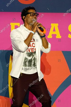 Singer Eric Benet performs at the Drive-In to Erase MS gala, in Pasadena, Calif