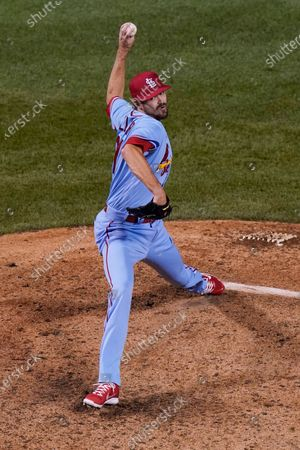 St. Louis Cardinals relief pitcher Andrew Miller throws against the Chicago Cubs during the ninth inning of the second baseball game of a doubleheader in Chicago