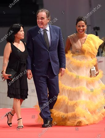 Sun-jung Jung, Oliver Stone and guest
