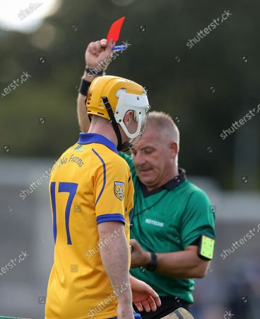 Ballyboden St. Enda's vs Na Fianna. Referee PJ Murray shows Conor Kelly of Na Fianna a red card