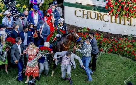 , 2020, Louisville, KY, USA: Kentucky Derby winner Authentic, #18, ridden by jockey John Velazquez, freaks out in the winnerÃs circle, taking out training Bob Baffert in the process. Baffert was uninjured. The races are being run without fans due to the coronavirus pandemic that has gripped the world and nation for much of the year, with only essential personnel, media and ownership connections allowed to attend at Churchill Downs in Louisville, Kentucky. John Voorhees/Eclipse Sportswire/CSM