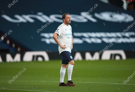 Lee Mack on the pitch ahead of Soccer Aid for Unicef 2020 at Old Trafford, Manchester. For further information, please contact Head of Communications Niall Malone niall@socceraidproductions.com© Unicef/SAP/(WALTON)20Photographed by Ian Walton for Unicef UK and SAP LTD.06/09/2020