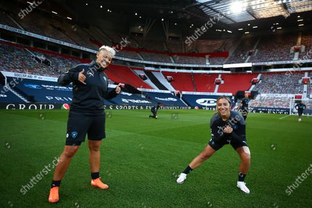 Lianne Sanderson and Chelcee Grimes on the pitch ahead of Soccer Aid for Unicef 2020 at Old Trafford, Manchester. For further information, please contact Head of Communications Niall Malone niall@socceraidproductions.com© Unicef/SAP/(WALTON)20Photographed by Ian Walton for Unicef UK and SAP LTD.06/09/2020
