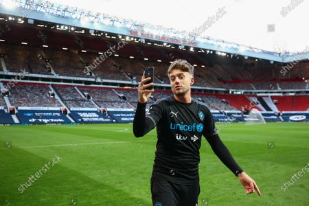 Roman Kemp does a selfie on the pitch ahead of Soccer Aid for Unicef 2020 at Old Trafford, Manchester. For further information, please contact Head of Communications Niall Malone niall@socceraidproductions.com© Unicef/SAP/(WALTON)20Photographed by Ian Walton for Unicef UK and SAP LTD.06/09/2020
