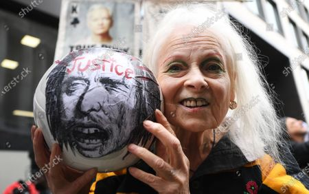 Stock Image of Fashion designer Vivian Westwood protests in support of WikiLeaks founder Julian Assange outside the Old Bailey in London, Britain, 07 September 2020. WikiLeaks founder Julian Assange faces extradition to the United States over the publication of secrets relating to the wars in Afghanistan and Iraq.