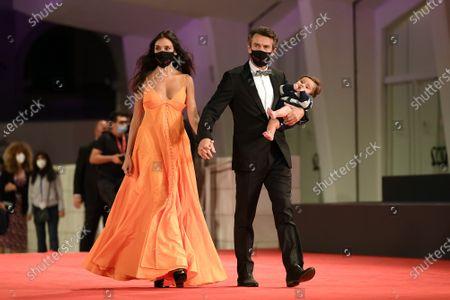 Nina Verdelli with Alessio Boni and son Lorenzo Boni with protective face masks