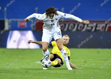 France´s Adrien Rabiot against Sweden's Sebastian Larsson during the UEFA Nations League football match between Sweden and France