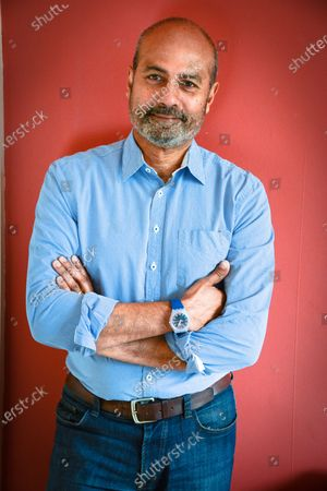 Stock Image of George Alagiah OBE is a British newsreader, journalist and television news presenter. Since 3 December 2007, he has been the presenter of the BBC News at Six and has also been the main presenter of GMT on BBC World News since its launch on 1 February 2010.