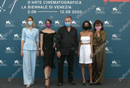 The director Amos Gitai and cast : Bahira Ablassi, Maria Zreik, Hana Laszlo, Naama Preis