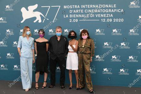 The director Amos Gitai and the cast : Bahira Ablassi, Maria Zreik, Hana Laszlo, Naama Preis