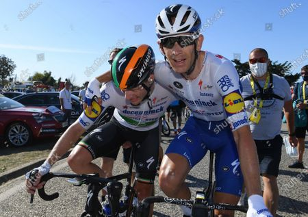 Irish rider Sam Bennett (L) of the Deceuninck Quick-Step celebrates with his Danish team mate Michael Morkov after winning the 10th stage of the Tour de France over 168.5km from Le Chateau-d'Oleron on the Ile d'Oleron to Saint-Martin-de-Re on the Ile de Re, France, 08 September 2020.