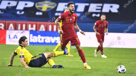 Sweden's Gustav Svensson battles for the ball with Portugal's Bruno Fernandes during the UEFA Nations League, division A, group 3 soccer game betwween Sweden and Portugal at Friends Arena in Stockholm, Sweden, 08 September 2020.