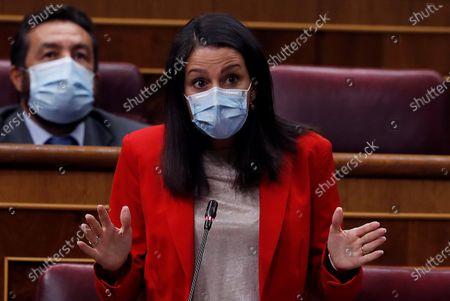 Citizens Party leader Ines Arrimadas (R) speaks during the control session at the Lower Chamber of Spanish Parliament in Madrid, Spain, 09 September 2020.