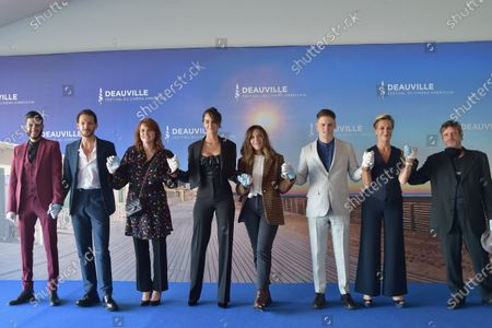Anne Loiret, Jonas Ben Ahmed, Gabriel Almaer, Marie-Castille Mention-Schaar, Alysson Paradis, Vincent Dedienne and Noemie Merlant