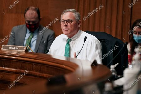 Sen. Richard Burr, R-N.C., attends a Senate Health, Education, Labor and Pensions Committee hearing to discuss vaccines and protecting public health during the coronavirus pandemic on Capitol Hill, in Washington