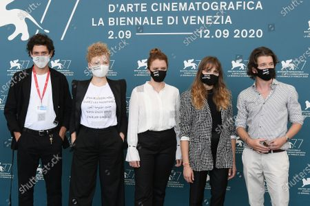 The director Julia von Heinz and cast : Mala Emde, Noah Saavedra, Tonio Schneider, Luisa Celine Gaffron, the producer Fabian Gasmia wear protective masks where are written the names of the people killed in favor of equal rights