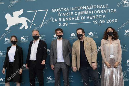 The director Pietro Castellitto (C) and cast : Giulia Petrini, Massimo Popolizio, Giorgio Montanini, Manuela Mandracchia with protective masks