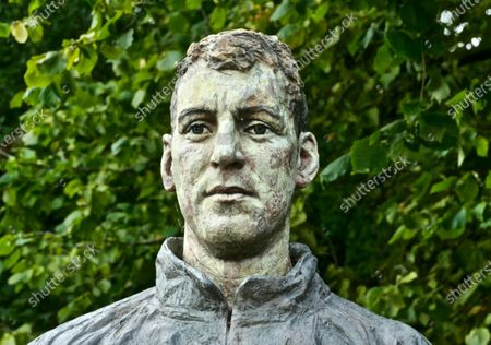 The statues of Sir Steve Redgrave and Matthew Pinsent at the museum