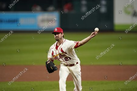 St. Louis Cardinals relief pitcher Andrew Miller throws during the eighth inning of a baseball game against the Cincinnati Reds, in St. Louis