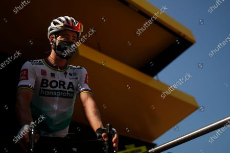 Slovakia's Peter Sagan arrives for the start of stage 15 of the Tour de France cycling race over 174.5 kilometers (108.4 miles) from Lyon to Grand Colombier pass, France
