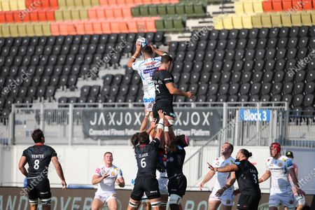 Tom Price of Exeter Chiefs catches a ball from a line out