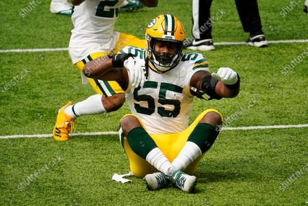 Green Bay Packers outside linebacker Za'Darius Smith celebrates after sacking Minnesota Vikings quarterback Kirk Cousins during the first half of an NFL football game, in Minneapolis