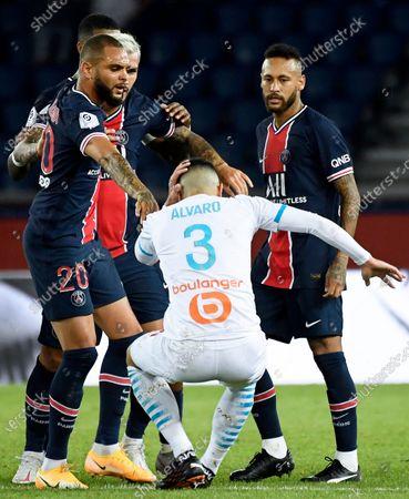 Olympique Marseille's Alvaro Gonzalez (C) reacts during the French Ligue 1 soccer match between Paris Saint-Germain (PSG) and Olympique Marseille at the Parc des Princes stadium in Paris, France, 13 September 2020.