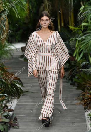 Stock Image of Model Grace Elizabeth walks the runway during the Jason Wu Spring/Summer 2021 fashion show at Spring Studios during New York Fashion Week, in New York