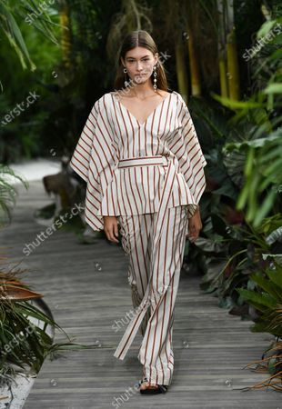 Model Grace Elizabeth walks the runway during the Jason Wu Spring/Summer 2021 fashion show at Spring Studios during New York Fashion Week, in New York