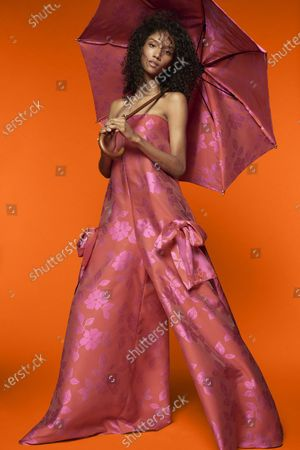 A Model wearing an outfit from the Womens Ready to wear, pret a porter, collections, summer 2021, original creation, during the Womenswear Fashion Week in New York, from the house of Reem Acra