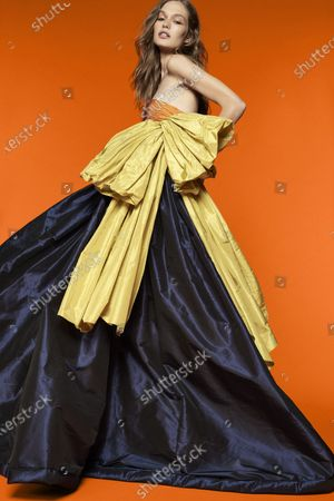 Stock Image of A Model wearing an outfit from the Womens Ready to wear, pret a porter, collections, summer 2021, original creation, during the Womenswear Fashion Week in New York, from the house of Reem Acra