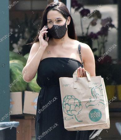 Nikki Bella grocery shopping