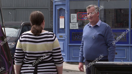 Coronation Street - Ep 10123 Wednesday 23rd September 2020 - 1st Ep Mary Taylor, as played by Patti Clare, and Brian Packham, as played by Peter Gunn, fall out over the identity of a flower and bar each other from their shops.