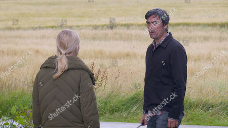 Emmerdale - Ep 8843 Wednesday 23rd September 2020 Jamie Tate declares his love for Belle Dingle, as played by Eden Taylor-Draper, but his smile disappears when he spots a menacing Cain Dingle, as played by Jeff Hordley, approaching.