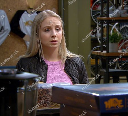 Emmerdale - Ep 8841 Monday 21st September 2020 Belle Dingle, as played by Eden Taylor-Draper, devastated her family have turned against her.