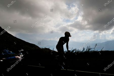 Netherland's Tom Dumoulin climbs the Loze pass during the stage 17 of the Tour de France cycling race over 170 kilometers (105 miles), with start in Grenoble and finish in Meribel Col de la Loze