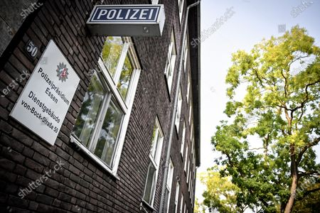 An exterior view of the Muelheim police department in Muelheim an der Ruhr, Germany, 16 September 2020. In North Rhine-Westphalia state, 29 police officers are suspected of having sent each other right-wing extremist messages in chat groups. Among other things, pictures of Adolf Hitler and swastikas were found. A total of 34 police stations and private homes in Duisburg, Essen, Moers, Muelheim and Oberhausen were searched.