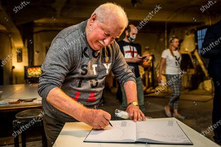 """Former Polish President and Nobel Peace Prize Laureate Lech Walesa a guest of the theatrical play """"Koci, koci lapci"""" by Mariusz Babicki and Pawel Niewiadomy organized by """"Stowarzyszenie Slowem Kulturalni"""""""
