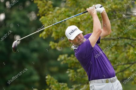 Ryan Palmer, of the United States, plays his shot from the second tee during the first round of the US Open Golf Championship, in Mamaroneck, N.Y