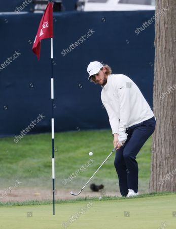 Thomas Pieters of Belgium chips on the sixth hole during the second round of the 2020 US Open at Winged Foot Golf Club in Mamaroneck, New York, USA, 18 September 2020. The 2020 US Open will be played from 17 September through 20 September in front of no fans due to the ongoing coronovirus pandemic.