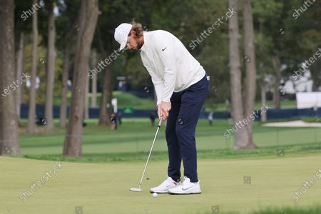 Thomas Pieters of Belgium putts on the fifth hole during the second round of the 2020 US Open at Winged Foot Golf Club in Mamaroneck, New York, USA, 18 September 2020. The 2020 US Open will be played from 17 September through 20 September in front of no fans due to the ongoing coronovirus pandemic.