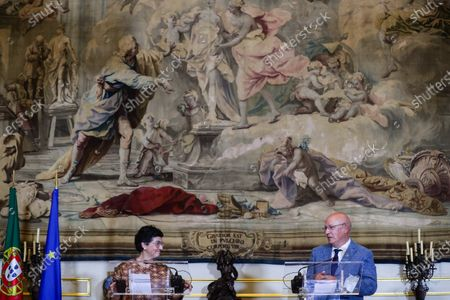 Spanish Foreign Affairs Minister Arancha Gonzalez Laya (L) with her Portuguese counterpart Augusto Santos Silva (R) at the press conference after their meeting in the Necessidades Palace in Lisbon, Portugal, 18 September 2020. At the meeting, the two ministers will address issues of bilateral relations, focusing in particular on the preparation of the next Luso-Spanish Summit, scheduled for October.