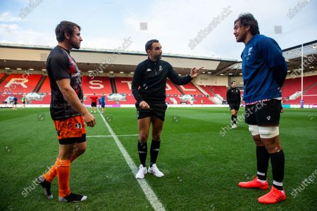 Coin toss with captains Rhodri Williams of Dragons and Steven Luatua of Bristol Bears