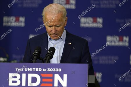Democratic presidential candidate former Vice President Joe Biden pauses as he speaks at a union training center in Hermantown, Minn